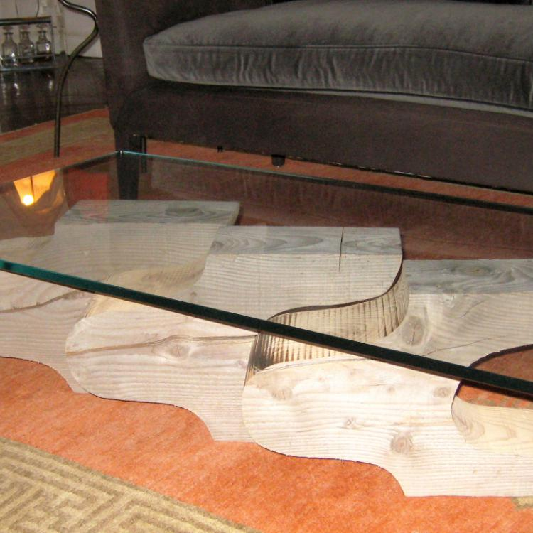 Table basse ''Triade'' - 3 volumes en bois massif brut + verre ultra blanc trempé - 115x65xx33 cm